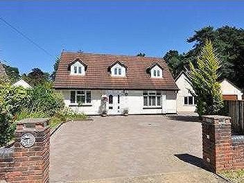 House for sale, West Moors - Garden