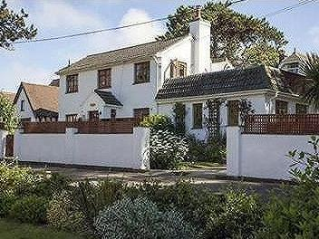 Totland Bay, Isle of Wight - Detached