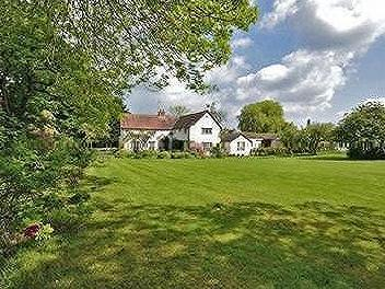 Sparrows Farm, Debden Green, Nr Saffron Walden