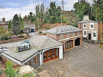 Avenue House Lodge And Coach House, The Rock, Tettenhall, Wolverhampton, West Midlands, WV6