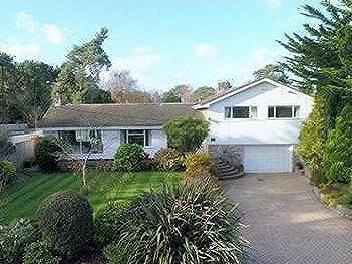House for sale, West Parley - Garden
