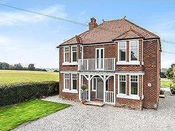 Udimore, East Sussex TN31 - Detached