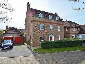 Pickenfield, Thame - Detached