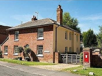 Broughton, Hampshire, SO20 - Listed