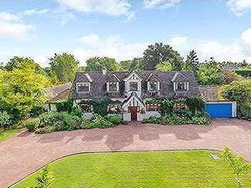 St. Marys Lane, Winkfield, Windsor, Berkshire, SL4
