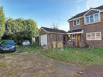 House for sale, Yeading - Garden