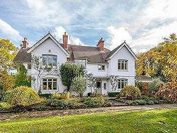 Coopers Hill Lane, Englefield Green, Egham, Surrey, TW20