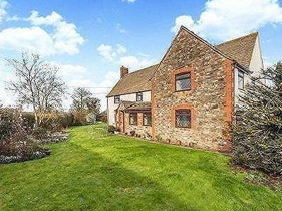 Swanley Lane, Alkington, Berkeley, Gloucestershire, GL13