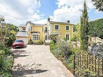 Forest Side, Epping - Detached
