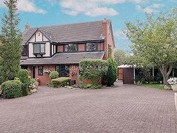 Yew Tree Court, Alsager - Detached