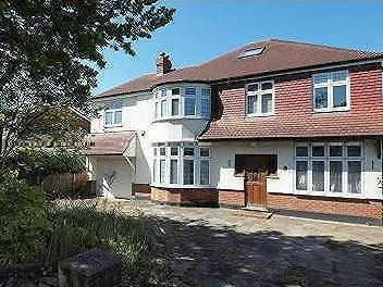 Elwill Way, Park Langley, Beckenham, Kent