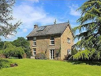 Perrygrove Road, Coleford - Detached