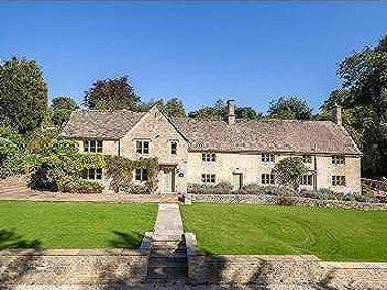 Calves Hill, Chedworth, Cheltenham, Gloucestershire, Gl54