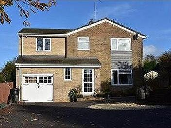 Homefield Way, Hungerford - Detached