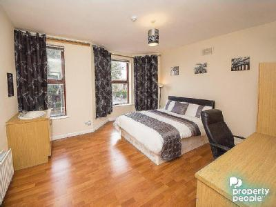 Duncairn Gardens Belfast - Furnished
