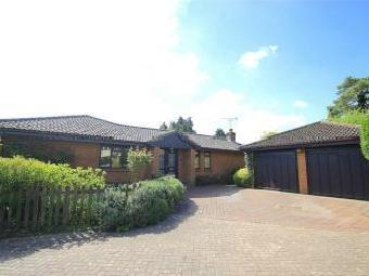 Slough Road, Iver Heath, Buckinghamshire SL0
