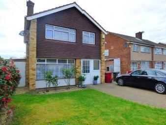 Radcot Avenue, Langley, Berkshire SL3