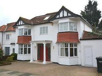 Elliot Rd, Hendon Nw4 - Detached