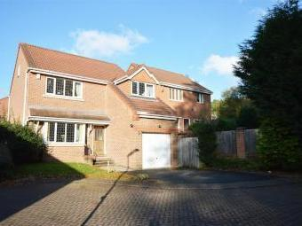 Woodlea Chase, Meanwood, Leeds, West Yorkshire LS6