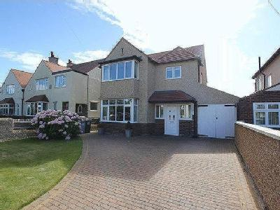 Roman Road, Meols, Wirral, Ch47