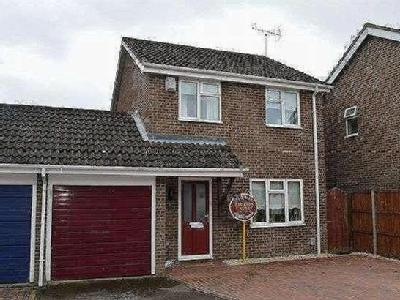 Fishers Close, Northampton, NN3