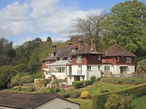 Pains Hill, Oxted RH8 - Gym, Balcony