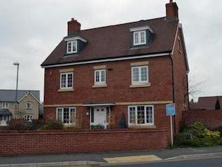 Woodvale Kingsway, Quedgeley, Gloucester Gl2