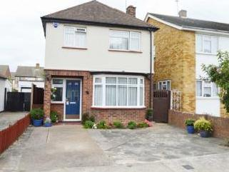 Forest Road, Romford RM7 - Detached