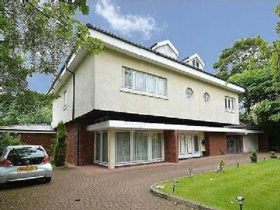 Old Hall Road, Salford, M7 - En Suite