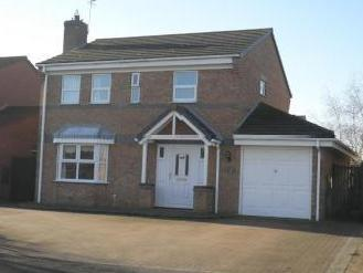 Rookery Avenue, Sleaford NG34 - House