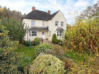 Bospin Lane, South Woodchester, Stroud, Gloucestershire Gl5