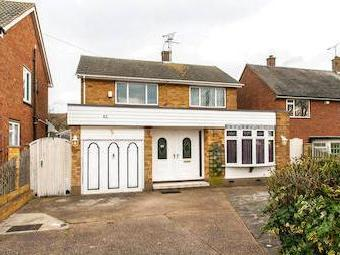 Maplin Way, Thorpe Bay Ss1 - Detached