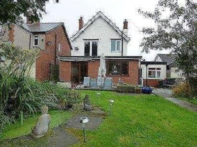 Huthwaite Road, Sutton-in-ashfield, Nottinghamshire, Ng17