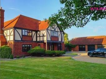 Gildenhill Farmhouse, Gildenhill Road, Swanley BR8