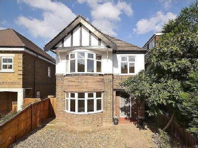 Portsmouth Road, Thames Ditton, Kt7