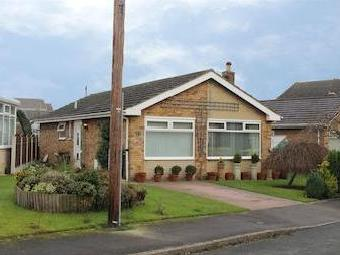 Hillthorpe Drive, Thorpe Audlin, Pontefract, West Yorkshire Wf8