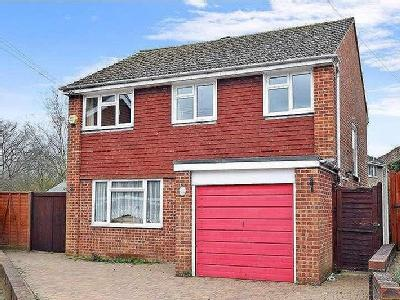 Scarletts Close, Uckfield, East Sussex, Tn22