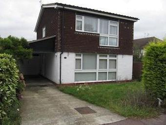 Holmsdale Close, Westcliff-on-sea, Essex Ss0