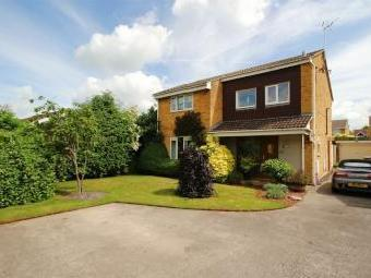 Cornwall Crescent, Yate, South Gloucestershire BS37