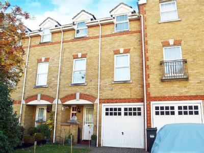 Draper Close, Isleworth , TW7