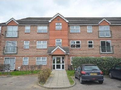 Dudley Close, Chafford Hundred, Rm16