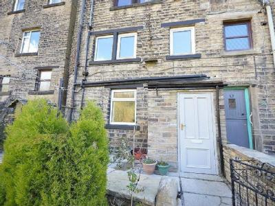 Dunford Road, Holmfirth , HD9 - House