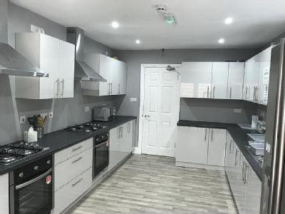 , M20, Manchester - Furnished, Garden