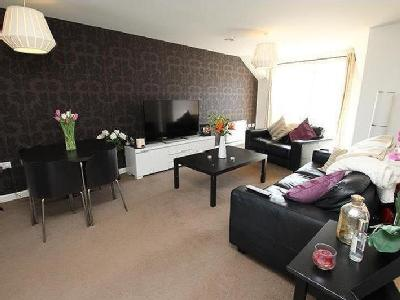 Eighteen Acre Drive, Patchway, BS34