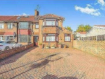 Sunley Gardens, Perivale, Greenford, Middlesex, Ub6