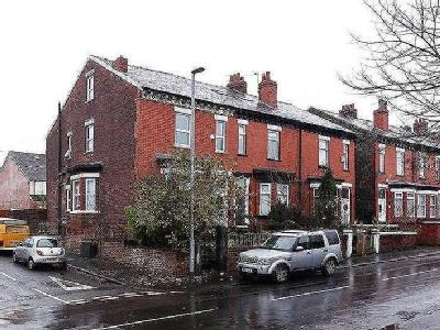 Clare Road, Manchester, M19 - Terrace