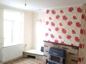 Welbeck St, Creswell S80 - Terrace