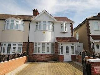 Rosedene Avenue, Greenford Ub6