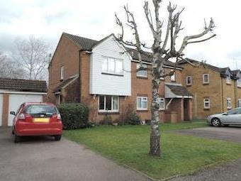 Nash Close, Welham Green, Hatfield AL9
