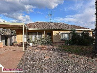 17 Neill Street, Whyalla Playford, SA, 5600